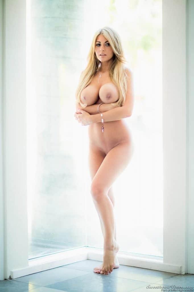 Kayla Kayden blonde bonne